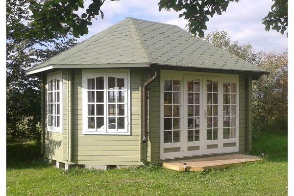 gartenlaube grilllaube und pavillon aus holz geschlossen gartenvilla kaufen. Black Bedroom Furniture Sets. Home Design Ideas