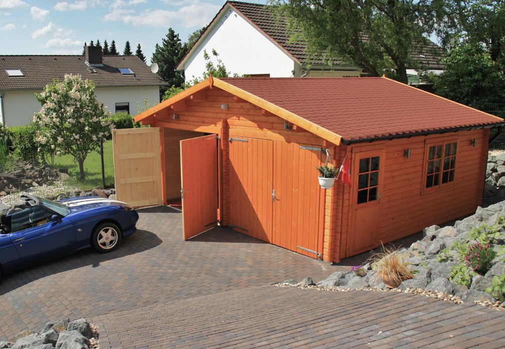 Carport und Garage aus Blockbohlen Zeder kaufen